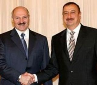 Lukaşenko Əliyevi Avrasiya İttifaqına dəvət etdi