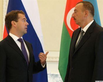 Əliyevlə Medvedev arasında görüş başlayıb