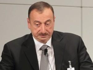"""""""Ermənistan avtoritarlıqdan çıxa bilib, Azərbaycan yox"""""""