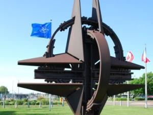 Rusiya Baş Qərargah rəisi və NATO qüvvələri komandanı Bakıda görüşəcək
