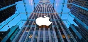 Apple dünyada bazar dəyəri 800 milyard dolları keçən ilk şirkət oldu