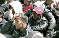 Daha bir Avropa ölkəsi qaçqınları deportasiya edir