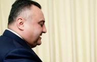 Eldar Mahmudovun qohumundan 10 milyon alındı