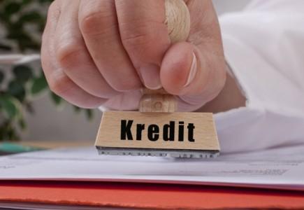İstehlak kreditlərinin ümumi kreditləşmədə payı azalır