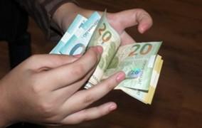 Azərbaycanda minimum əmək haqqı 63 avrodur