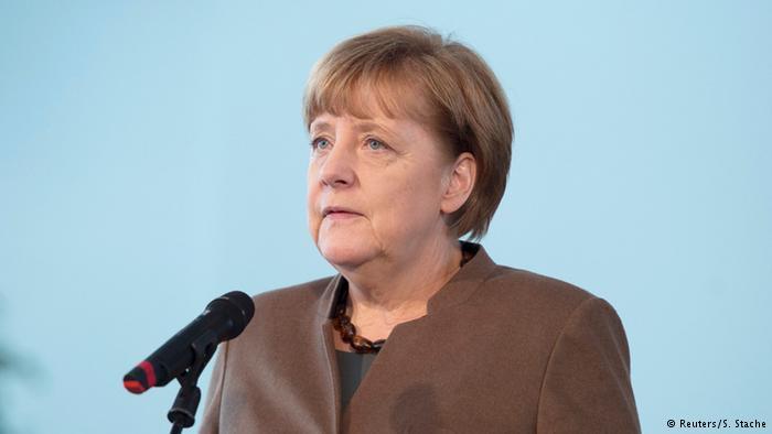Merkel Türkiyə ilə münasibətlərin kəsilməsinin əleyhinədir