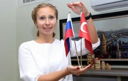 Türkiyədəki rus qadınlar Putinə qarşı çıxdı