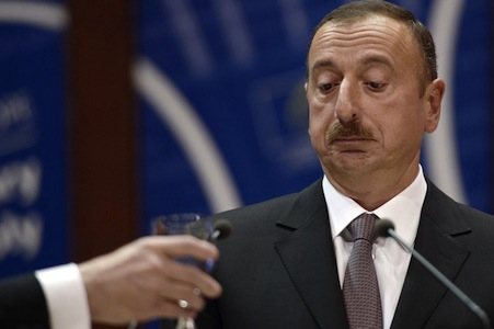 Azərbaycan hakimiyyəti qarşısında sərt tələblər qoyuldu