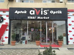 """""""Avis"""" apteklər şəbəkəsinin rəhbəri məhkəmə zalından azadlığa buraxılıb"""