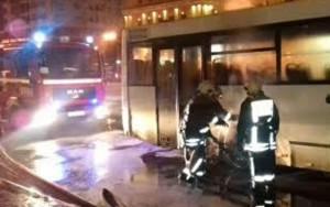 Sərnişin avtobusu yandı