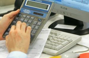 Kredit bazarı çökməkdə davam edir