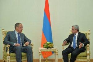 Lavrov Sarkisyanla görüşdü