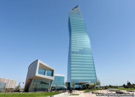 SOCAR-ın 335 milyon dollarlıq yeni binası FOTO