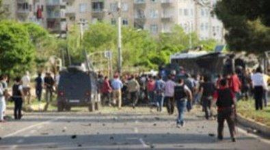 PKK Türkiyədə yenə terror törətdi: 4 ölü, 34 yaralı