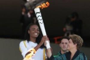 Braziliyada Olimpiya məşəlini oğurlamaq istədilər