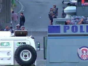 Yerevanda polis qiyamçılara qarşı hücuma hazırlaşır Yenilənir