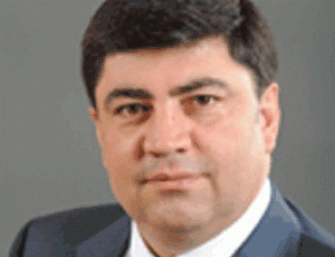 """Ramiz Mehdiyevin kürəkəni Elman Rüstəmovu """"vurdu"""""""