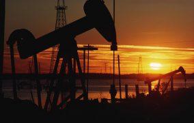 Azərbaycanda neft hasilatı 10 faiz azalıb
