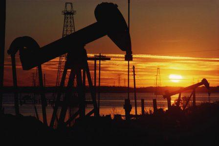 Azərbaycanın xam neft satışından gəliri 26%-dən çox azalıb