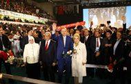 Әrdoğan yenidәn AKP sәdri seçildi