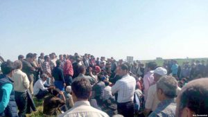 Cənubi Azərbaycanda maaşların verilməməsi etirazlar yaratdı