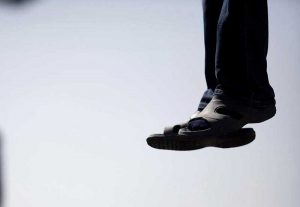 Abşeronda 56 yaşlı kişi intihar edib
