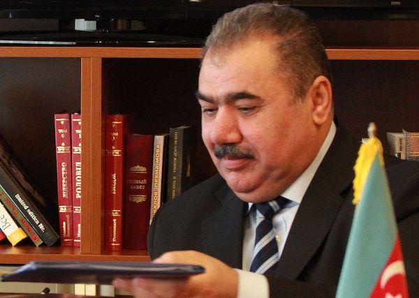 """""""Arif Alışanova sui-qəsd işi quramadır"""" – AzTV sədrinin tutdurduğu brokerin qızı"""