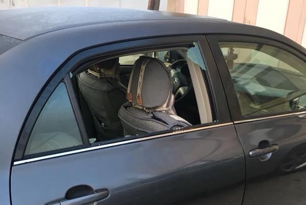 Tanınmış müxalifətçinin avtomobilinə hücum FOTO